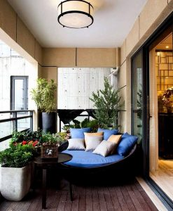 Pillow balcony